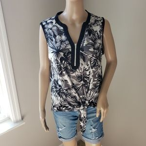 NWT Tropical Sleeveless Tie Front Top Size Small